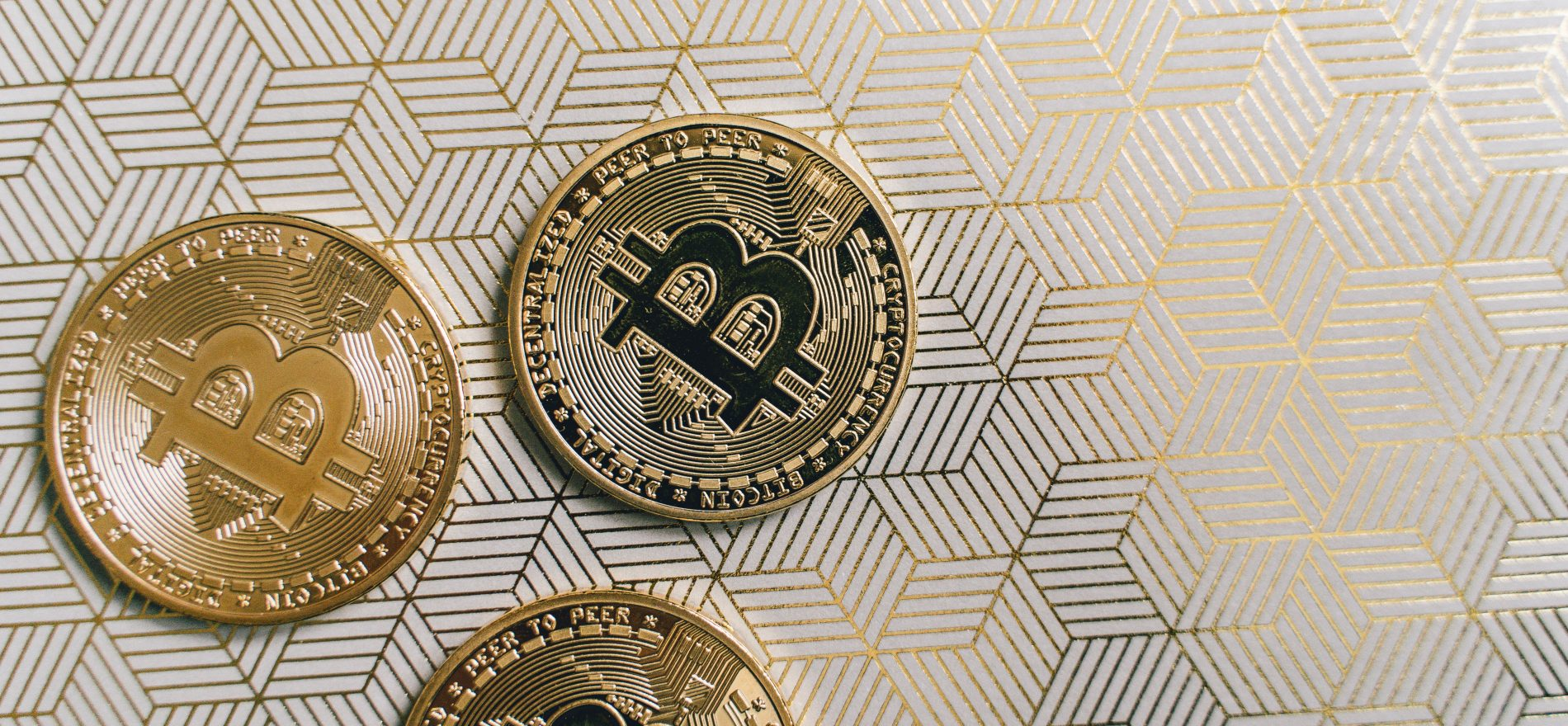 Bitcoin prijs koerst boven 50.000